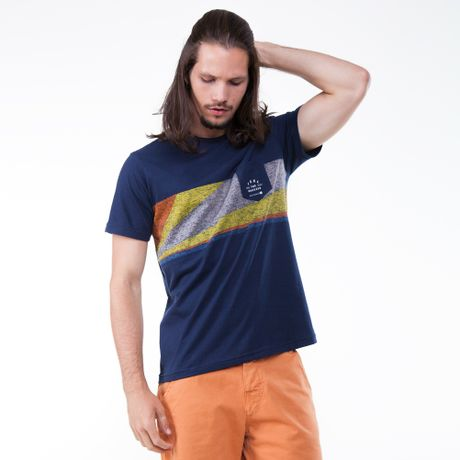 970012-camiseta-manga-curta-estampa-com-bolso-azul-marinho-frente